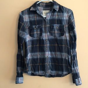 A&F• Fitted Plaid Shirt• Size X-Small